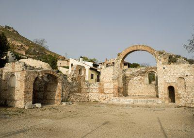 Iglesia ruinas de San Pedro en Hita